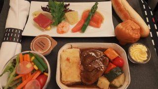 日本航空 JL26 香港 – 羽田 ビジネスクラス機内食