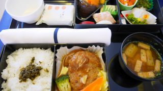 全日空 NH859 羽田 ー 香港 ビジネスクラス機内食