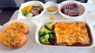 マレーシア航空 MH780 クアラルンプール ー バンコク ビジネスクラス機内食