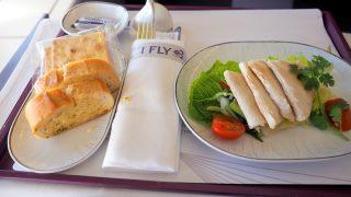 タイ国際航空 TG601 香港 ー バンコク ビジネスクラス機内食