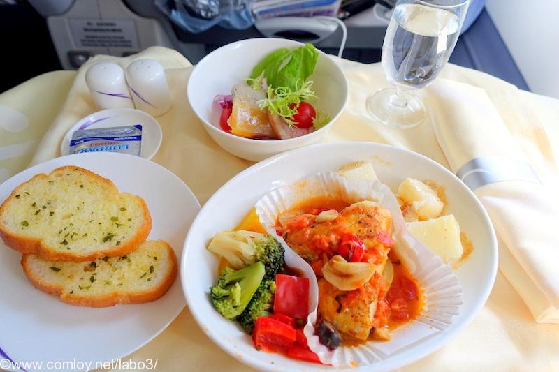 チャイナエアライン CI835 台北 - バンコク ビジネスクラス機内食 昼食