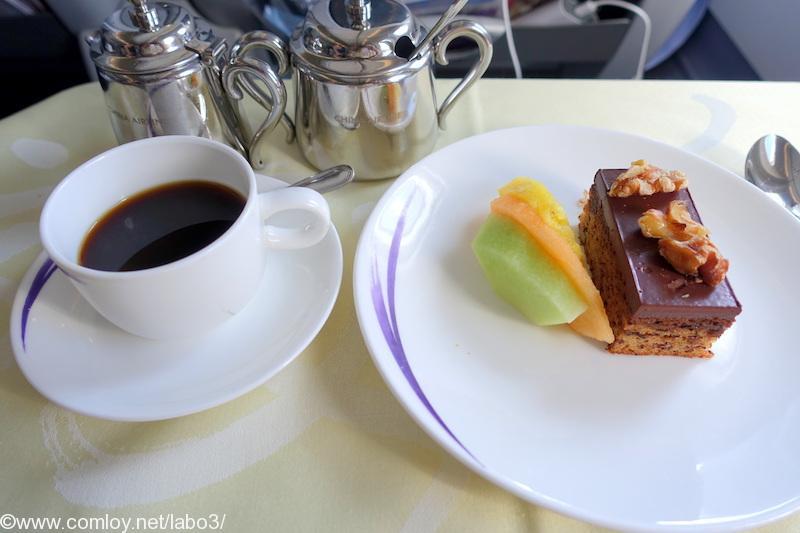 チャイナエアライン CI835 台北 - バンコク ビジネスクラス機内食 Dessert Platter