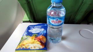 ラオス国営航空 QV101 ビエンチャン - ルアンパバーン エコノミークラス機内食