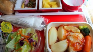 日本航空 JL785 ホノルル - 成田 エコノミークラス機内食 シーフードミール