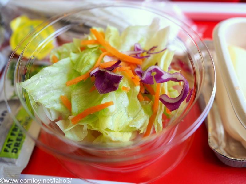 日本航空 JL785 ホノルル - 成田 エコノミークラス機内食 フレッシュサラダ
