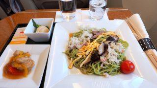 日本航空 JAL908 沖縄 - 羽田 国内線ファーストクラス機内食 昼食