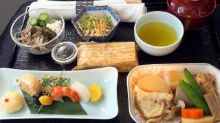 日本航空 JL98 台北(松山) - 羽田 ビジネスクラス機内食 昼食