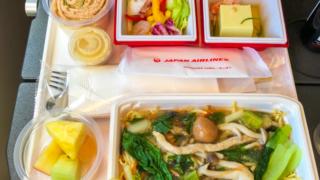 日本航空 JL96 台北 - 羽田 エコノミークラス機内食