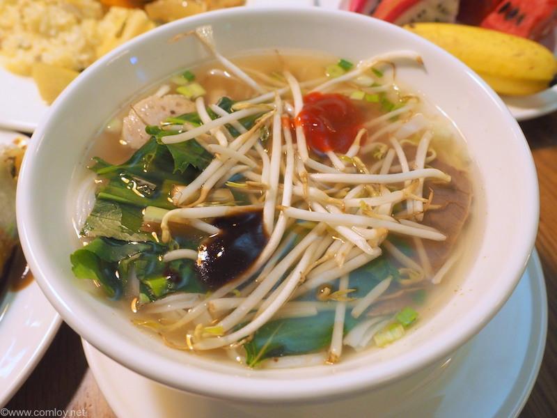 あっさりスープの麺
