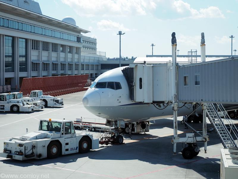 ANA2158 沖縄 - 成田 JA8669 Boeing767-381 27444/567 1995/03