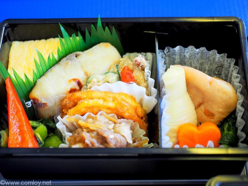 ANA464 羽田 - 沖縄 プレミアムクラス機内食 メニュー
