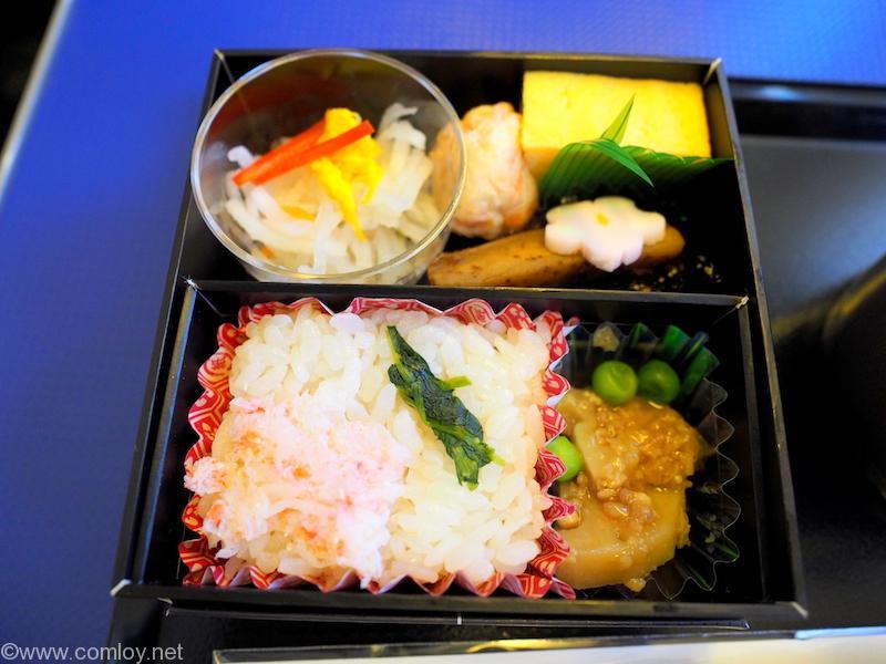 ANA463 羽田 - 沖縄 プレミアムクラス 機内食
