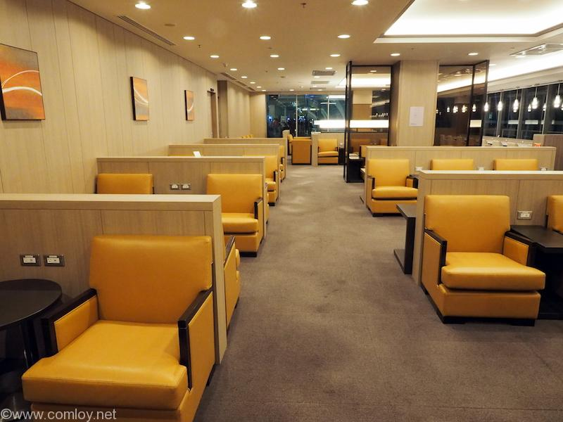 スワンナプーム空港 JAL サクララウンジ