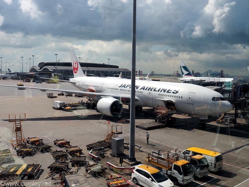 日本航空 JL26 香港 - 羽田 JA703J B7770299 Boeing777-246/ER 32891/427 2003/02