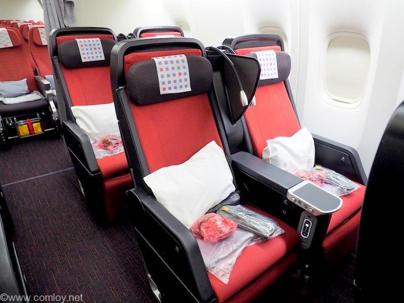 日本航空 JL26 香港 - 羽田 プレミアムエコノミークラス