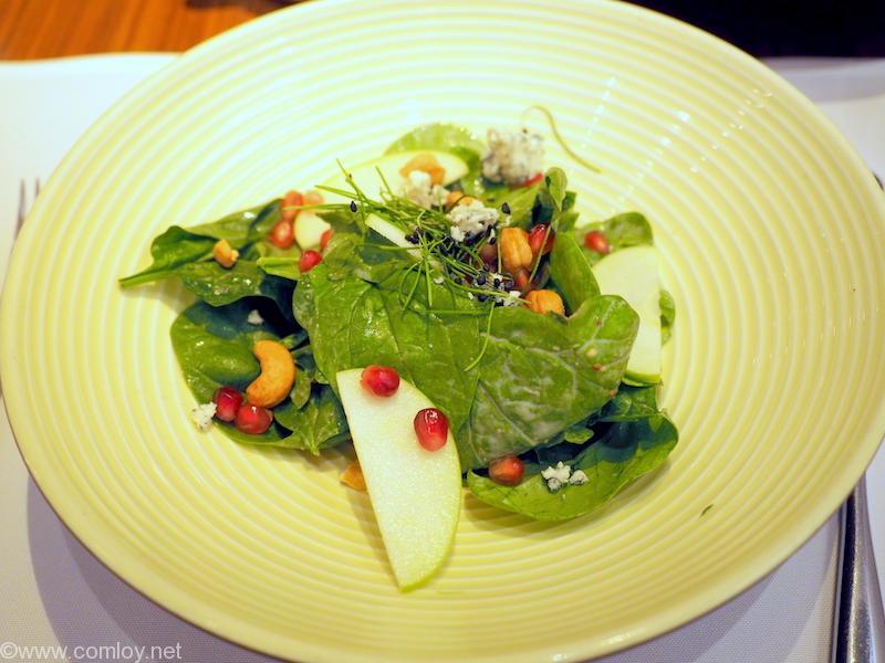 本日の朝食@キャセイパシフィック ファーストクラスラウンジ「The Heaven」  Baby Spinach Salada
